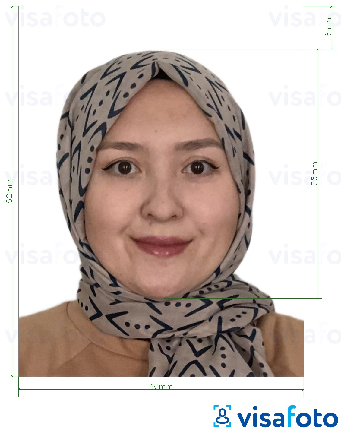 Example of photo for Brunei passport 5.2x4 cm (52x40 mm) with exact size specification