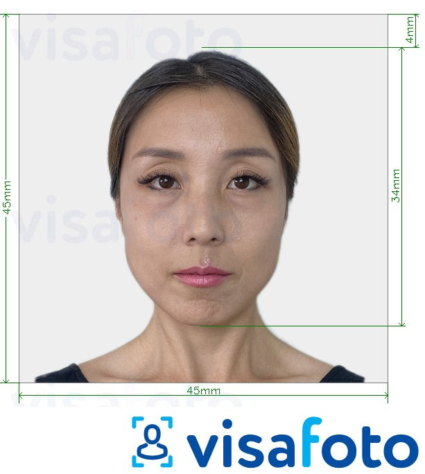 Example of photo for Japan Visa 45x45mm, head 34 mm with exact size specification