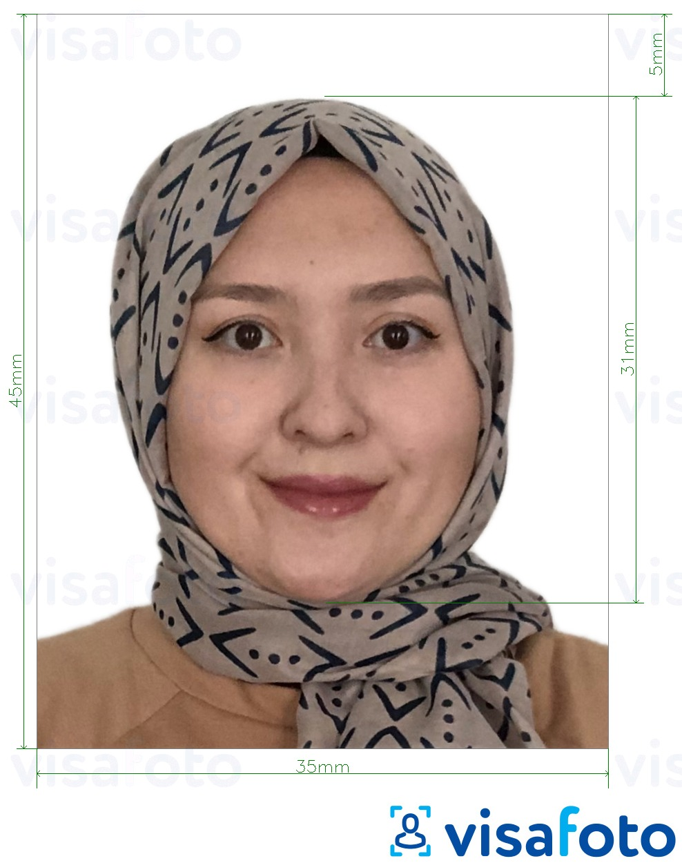 Example of photo for Malaysia Visa 35x45 mm white background with exact size specification