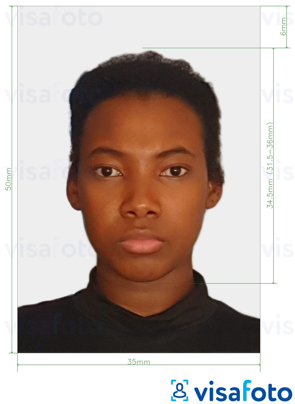 Example of photo for Suriname passport 50x35 mm with exact size specification