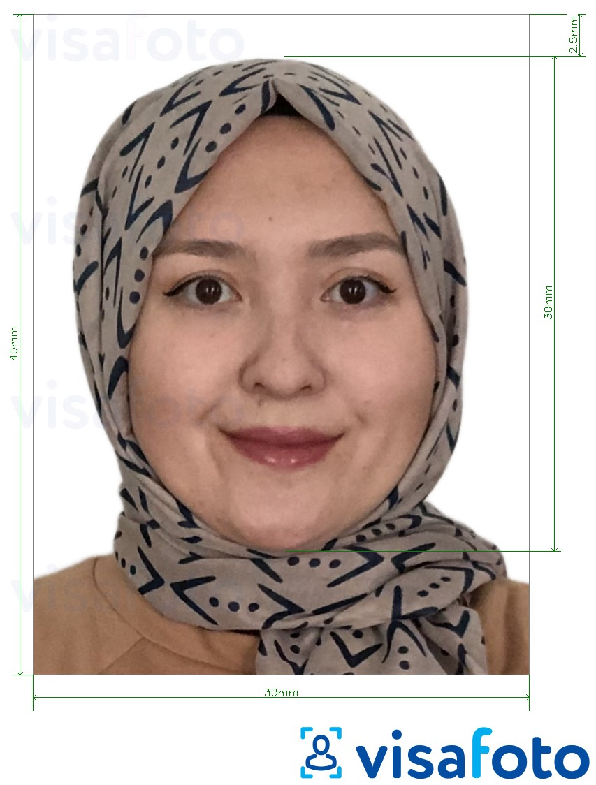 Example of photo for Turkmenistan passport 3x4 cm (30x40 mm) with exact size specification